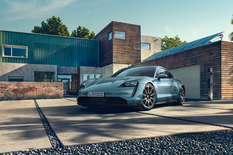 Porsche Taycan z Apple Podcasts.