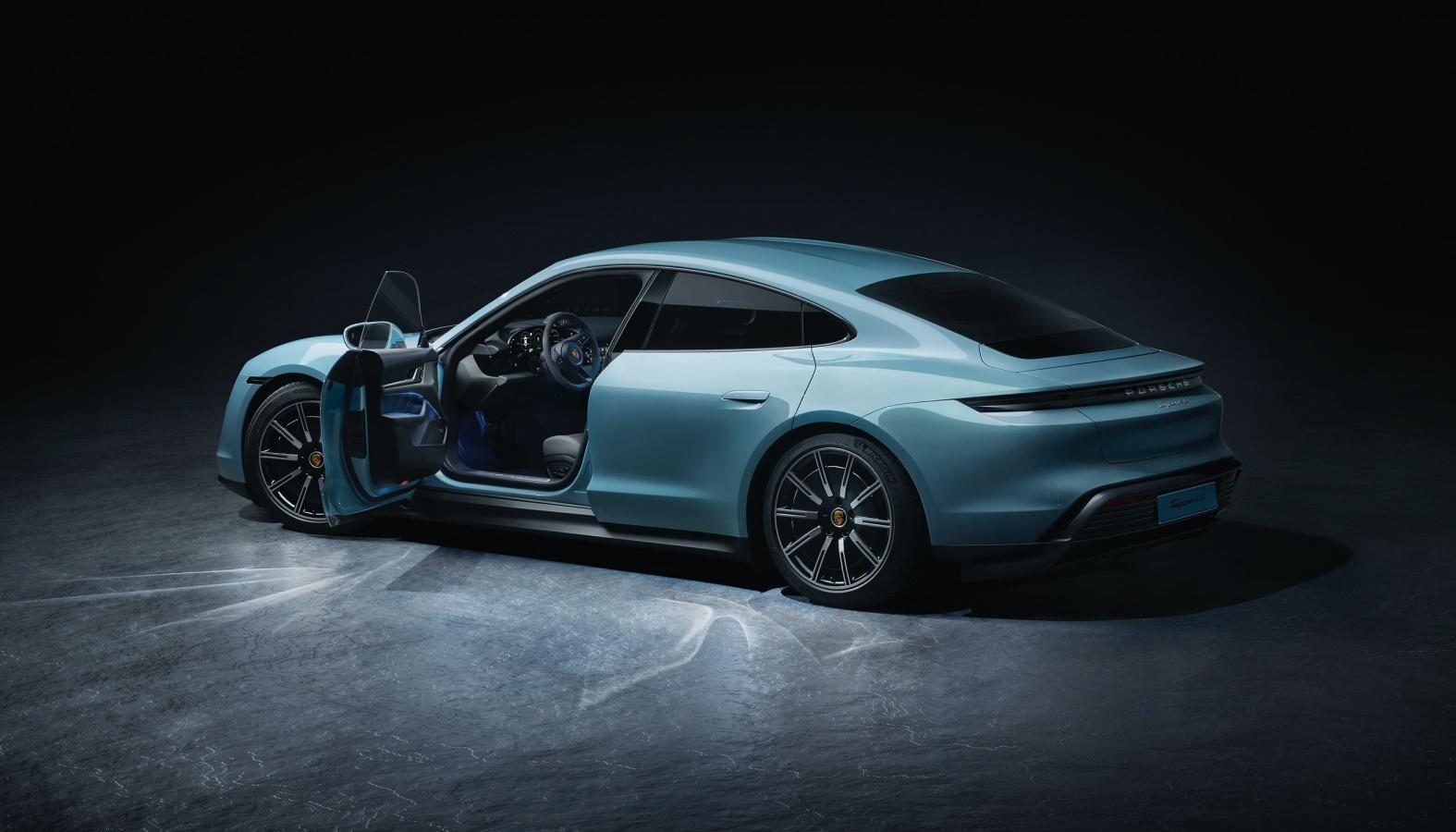 Elektryczne Porsche Taycan 4S, czyli propozycja dla trochę mniej wymagających