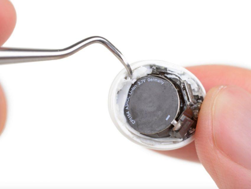 Słuchawki AirPods Pro to jednorazówki. Nie da się ich naprawić 25