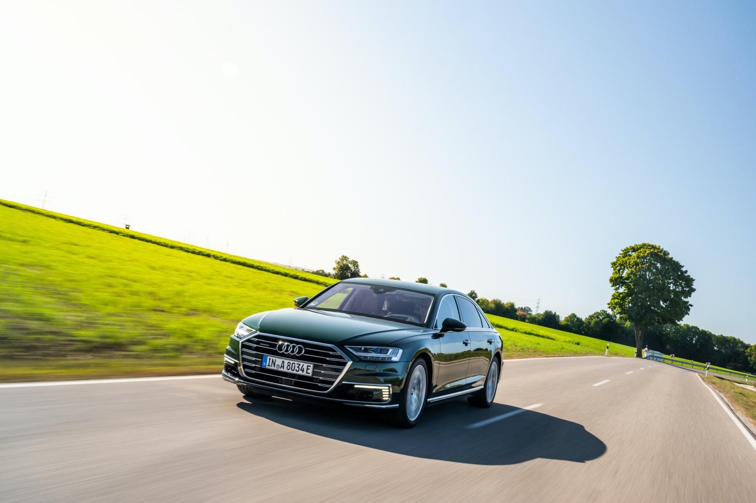 Audi stawia na elektryfikację oferty. Oto nowe Audi A6 i A8 w wersji hybrydowej
