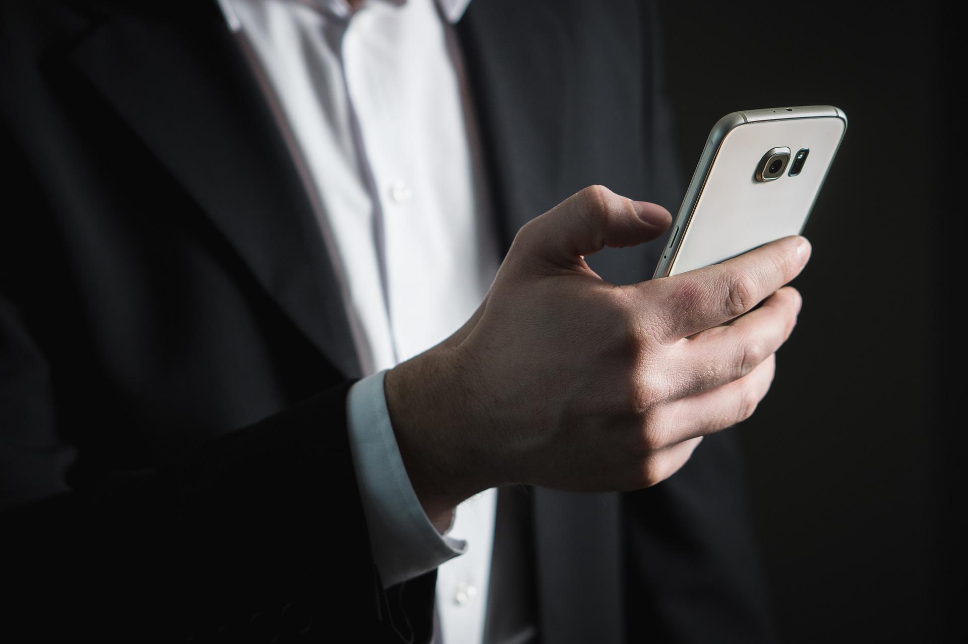 WhatsApp ze znikającymi wiadomościami. Nie należy im jednak zbytnio ufać 21