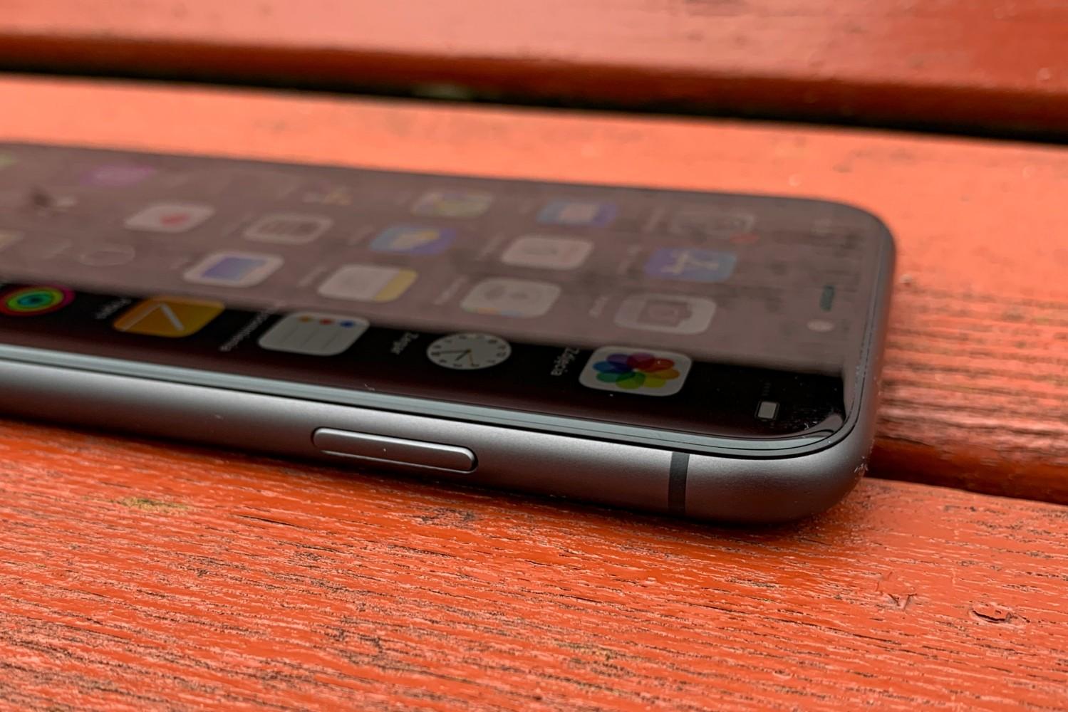 iPhone 11 - najtańszy z najdroższych. Czy podbije serca mas? (recenzja) 24