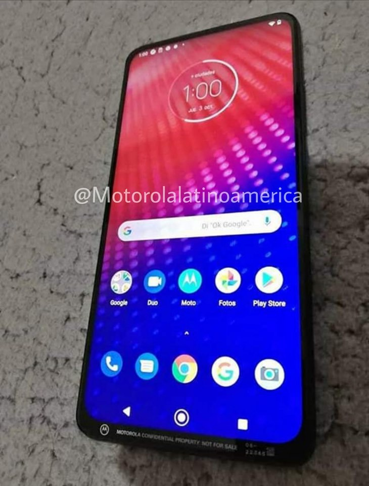 Nowa Motorola zaskakuje swoim wyglądem
