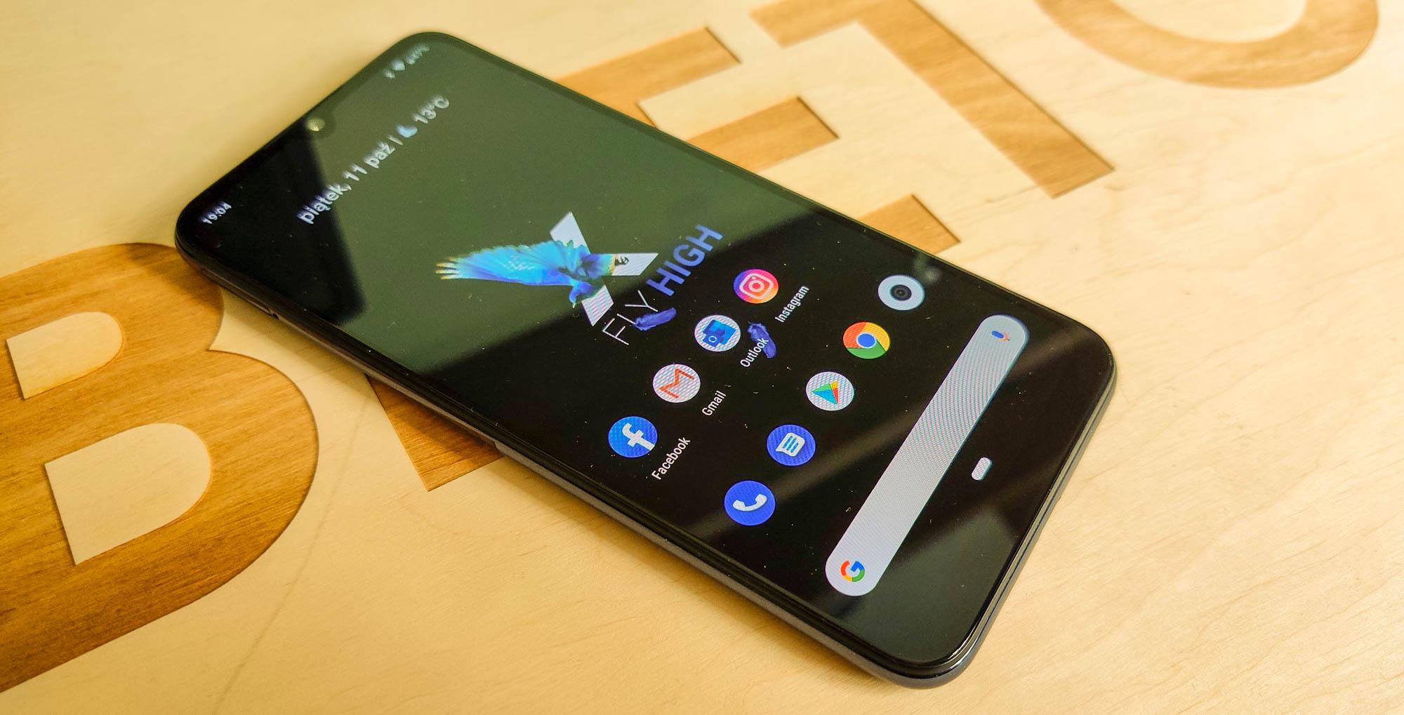 Do czterech razy sztuka: Xiaomi Mi A3 w końcu ze sprawnym Androidem 10 17