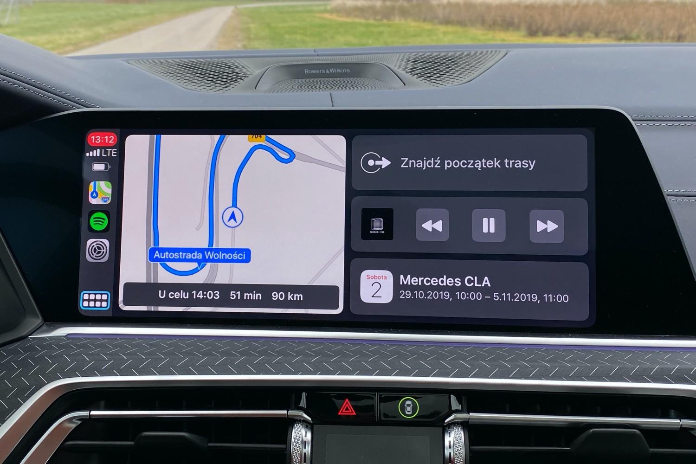 Wygodniejszy dostęp do Waze w CarPlay. Nawigacja niebawem na ekranie głównym