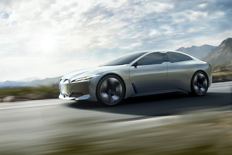 BMW zapowiada elektryczny model i4. Poznaliśmy zasięg i moc 30