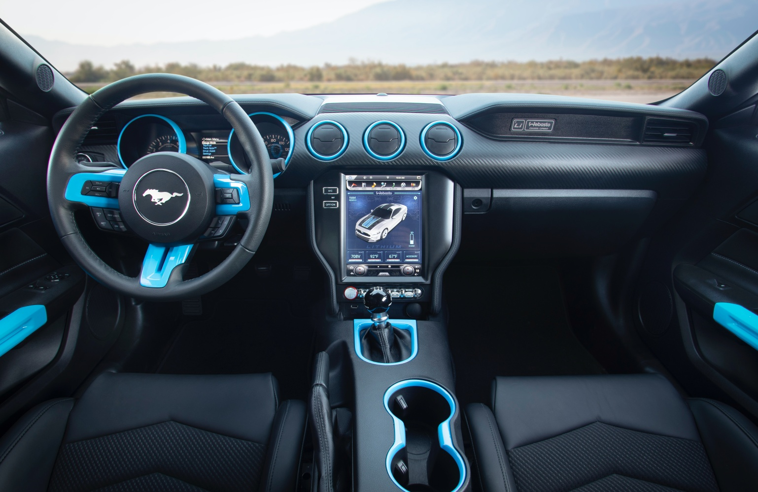 Oto elektryczny Ford Mustang ze... skrzynią manualną