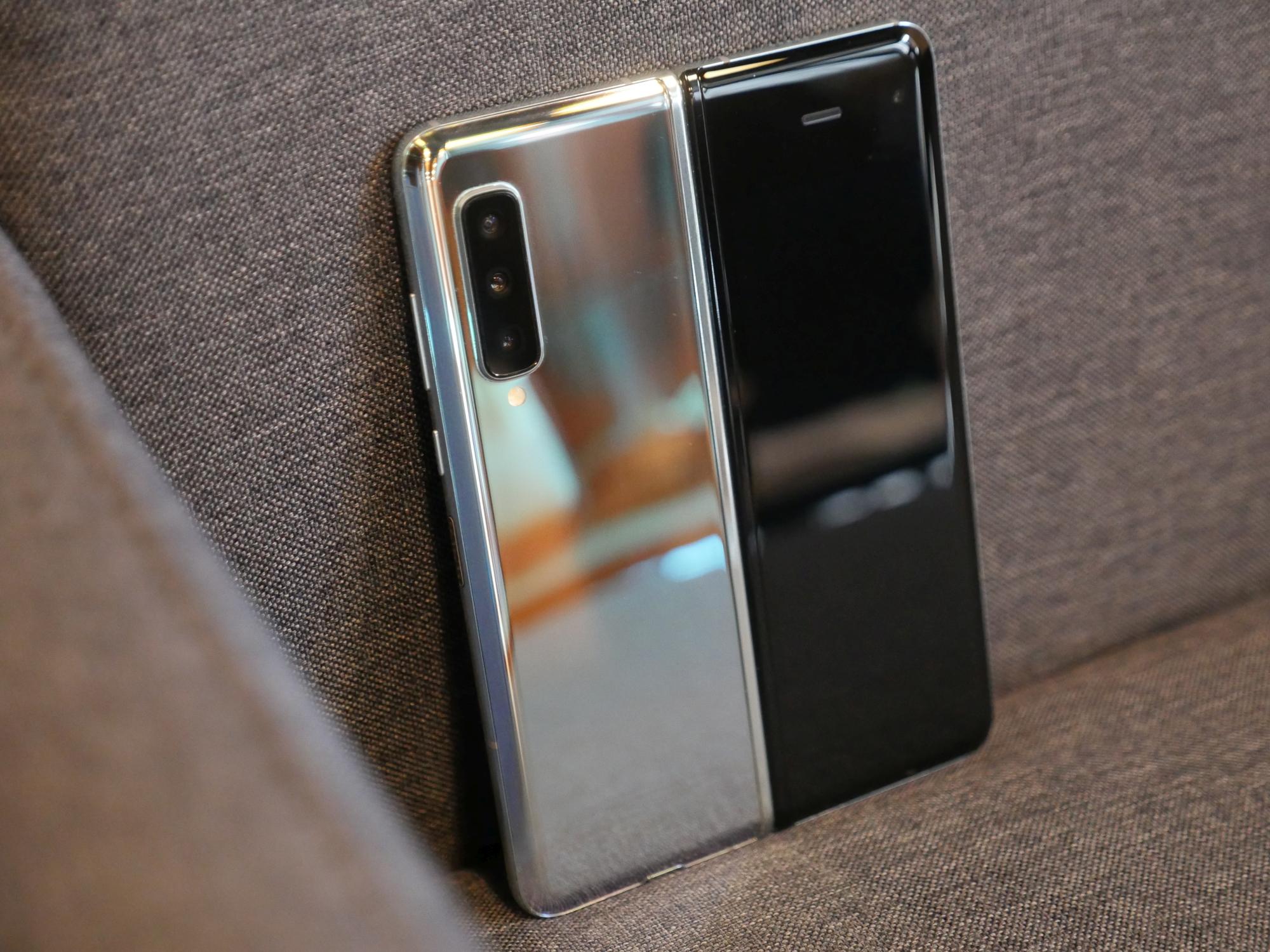 Samsung Galaxy Fold - drugiego takiego nie znajdziecie (recenzja) 23
