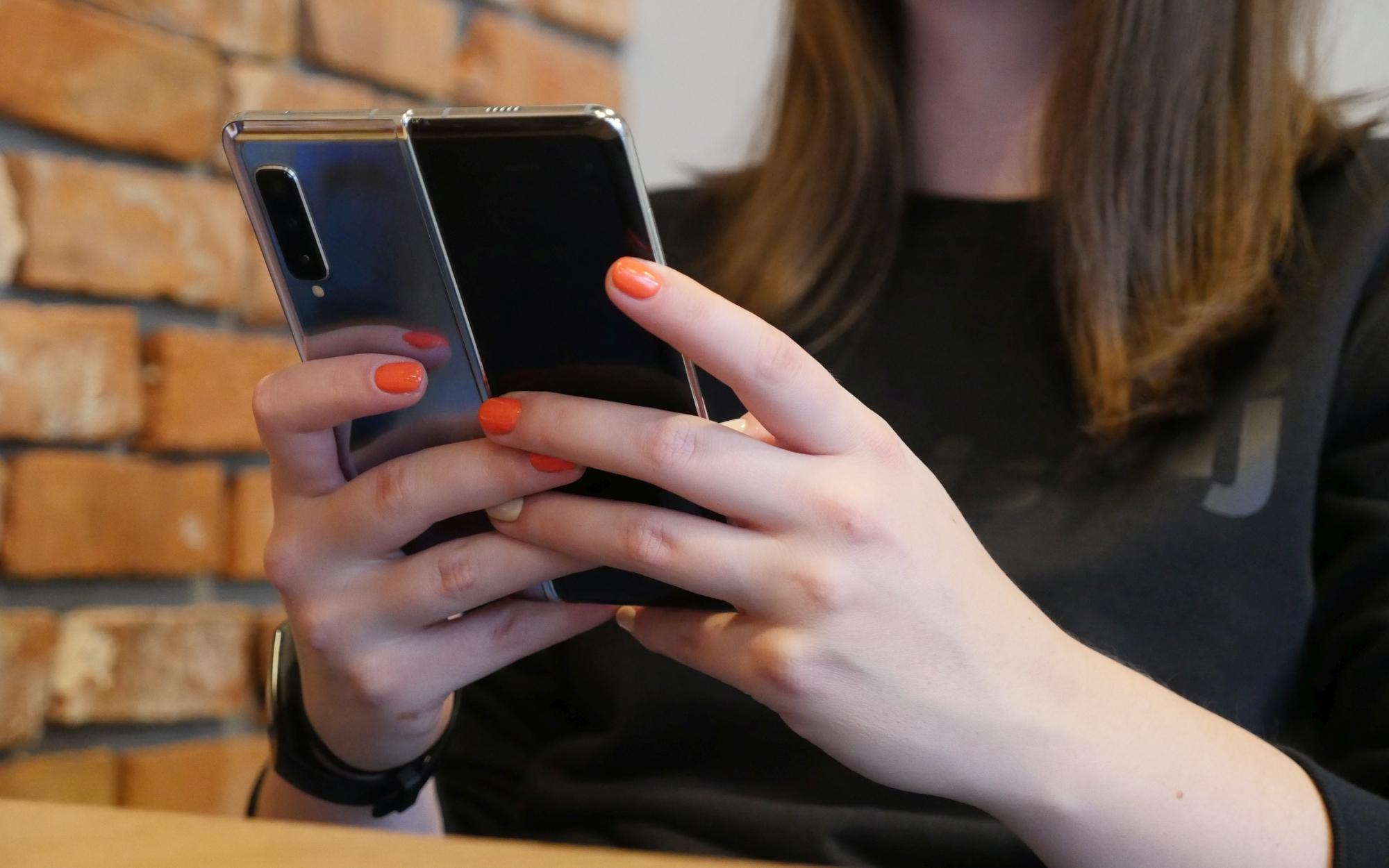 Samsung Galaxy Fold 2 może mieć premierę wcześniej niż się spodziewaliśmy 19