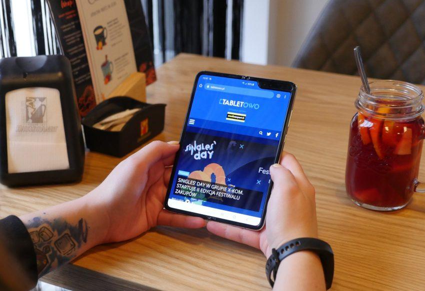 Samsung Galaxy Fold 2 może mieć premierę wcześniej niż się spodziewaliśmy 21