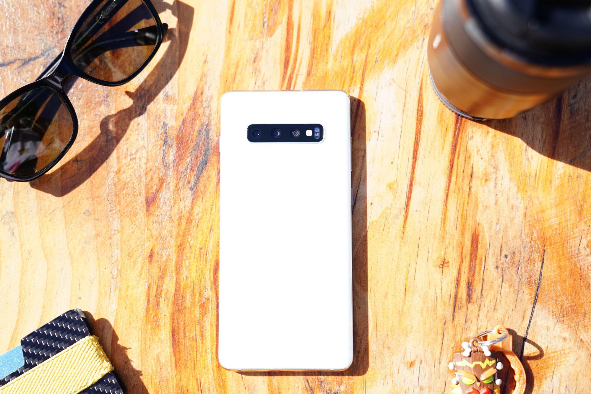 Sprzęt Samsunga poleca się pod choinkę. Który byś wybrał? 19