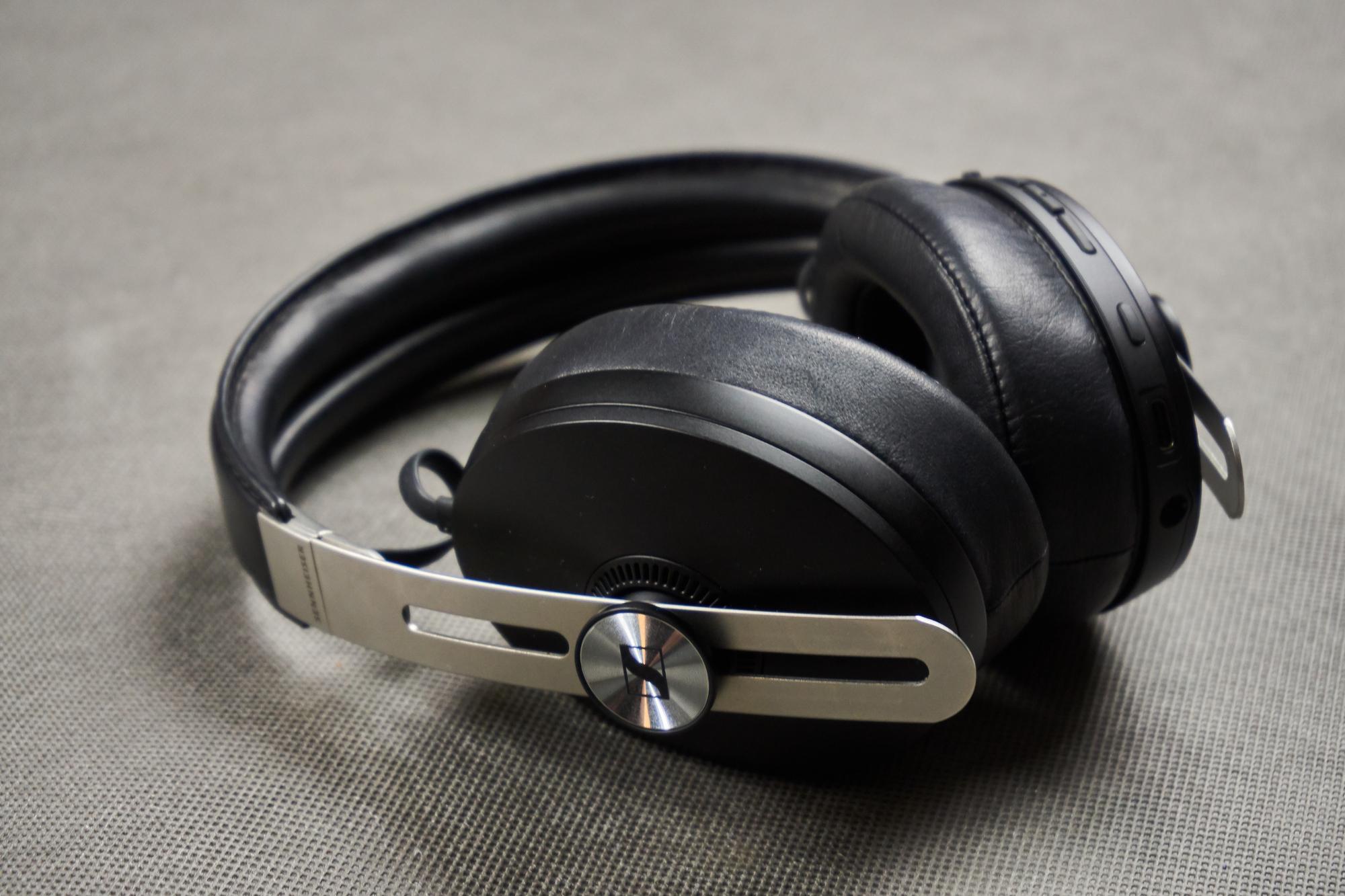 Recenzja Sennheiser Momentum Wireless - niemieckim inżynierom dźwięku progres nie jest obcy 38 Sennheiser Momentum Wireless