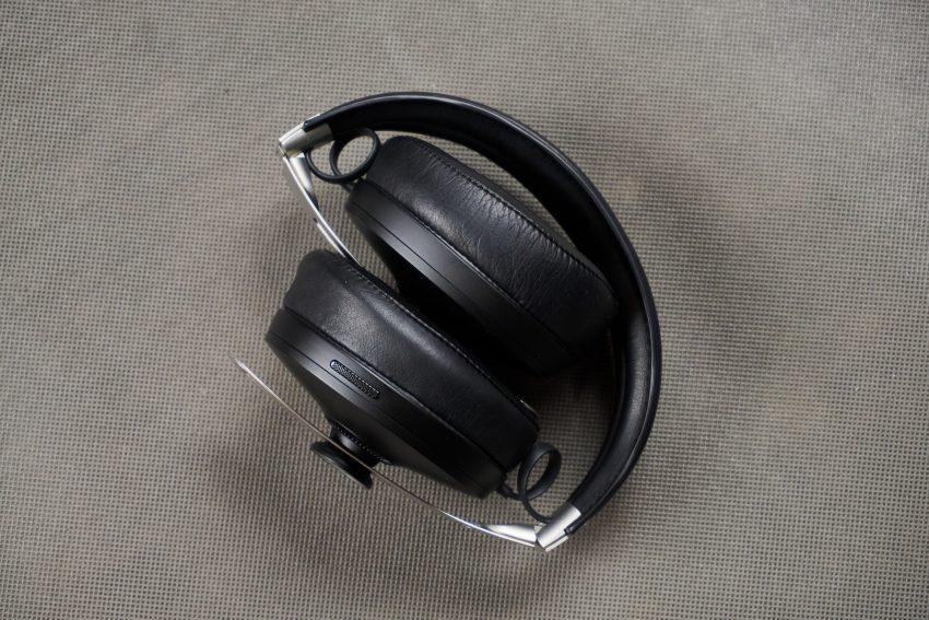 Recenzja Sennheiser Momentum Wireless - niemieckim inżynierom dźwięku progres nie jest obcy 27 Sennheiser Momentum Wireless