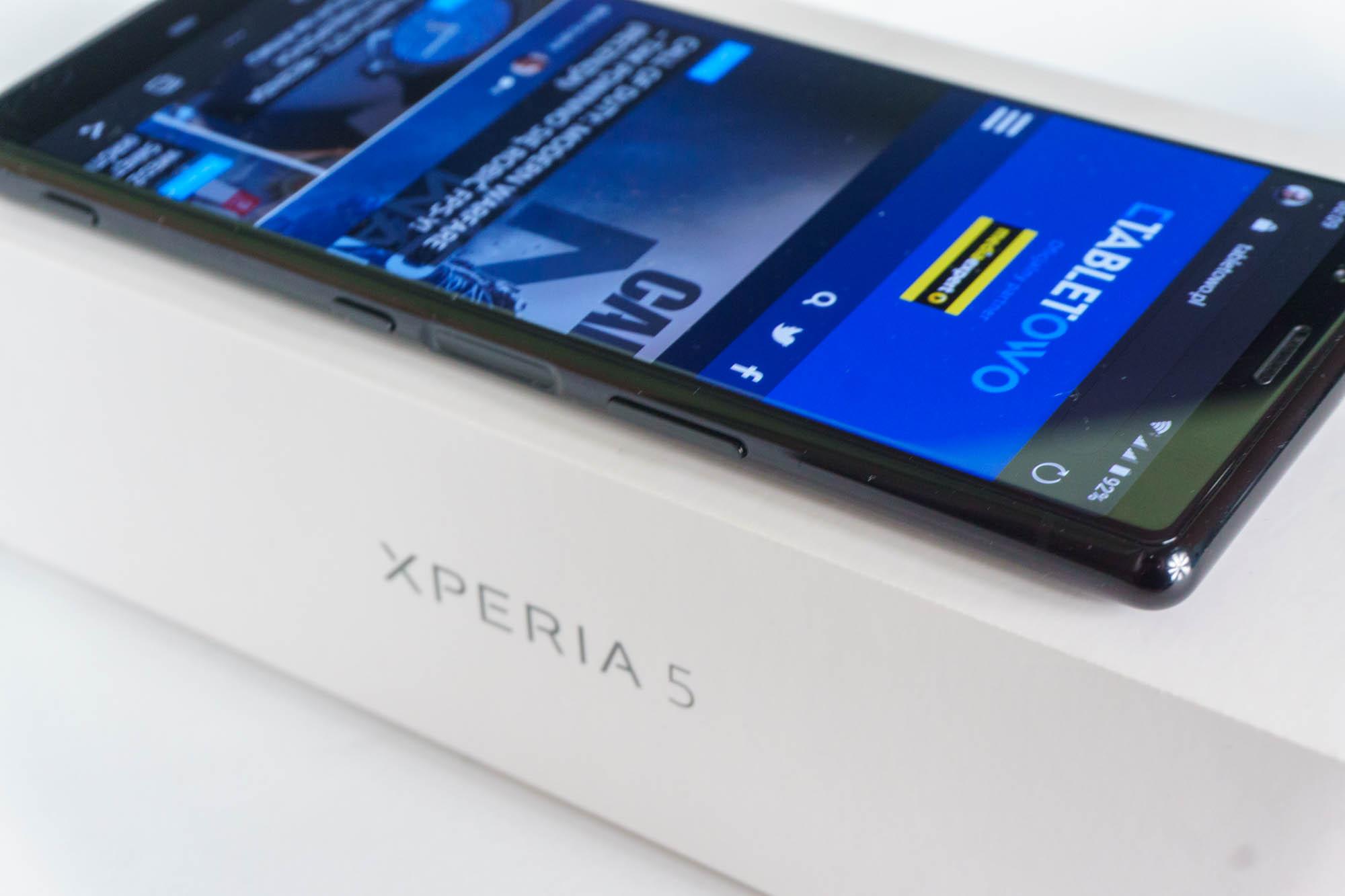 Sony Xperia 5 II ujawnia swoją specyfikację. Będzie mniejsza od poprzedniczki 17