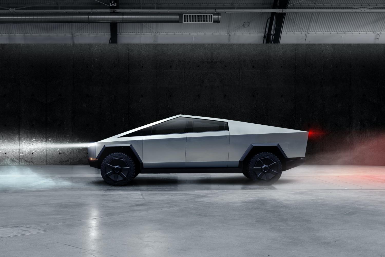 Tesla Cybertruck – Elon Musk chwali się liczbą zamówień