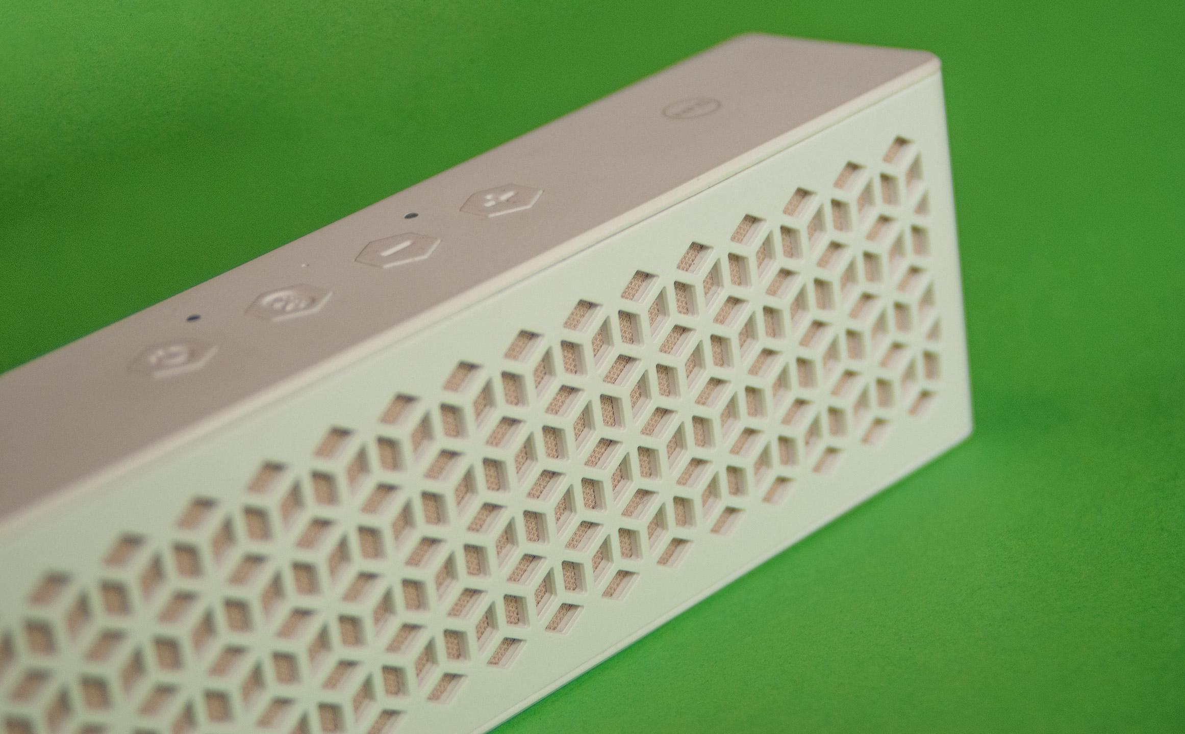 Creative Muvo Mini - głośnik, który potrafi zaskoczyć (recenzja) 24