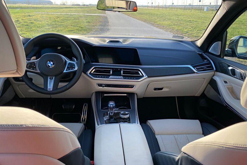 Jeździłem BMW X5 - potężny SUV, który sam wyjedzie ze ślepej uliczki (test) 42