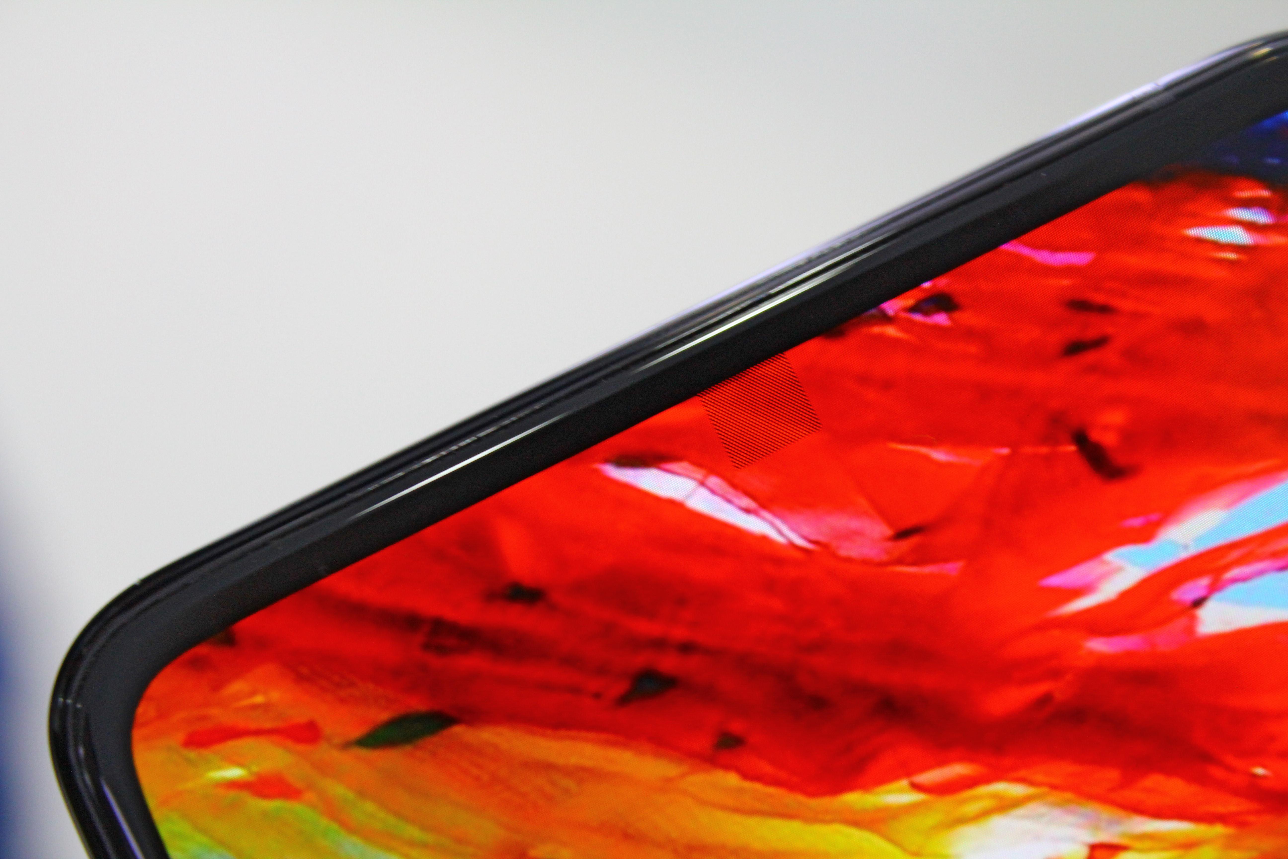 Nowy smartfon ZTE z aparatem pod ekranem opóźniony. Musimy cierpliwie czekać