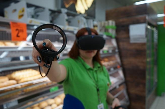 Wypiek bułek w wirtualnej rzeczywistości. To nie Overcooked VR, to szkolenia w Biedronce