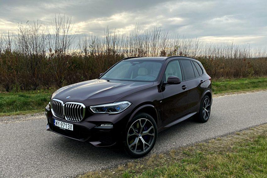 Jeździłem BMW X5 - potężny SUV, który sam wyjedzie ze ślepej uliczki (test) 16