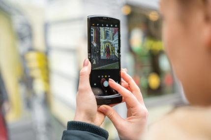 Motorola nie da rady pokazać nowego RAZR 2 w tym roku 24