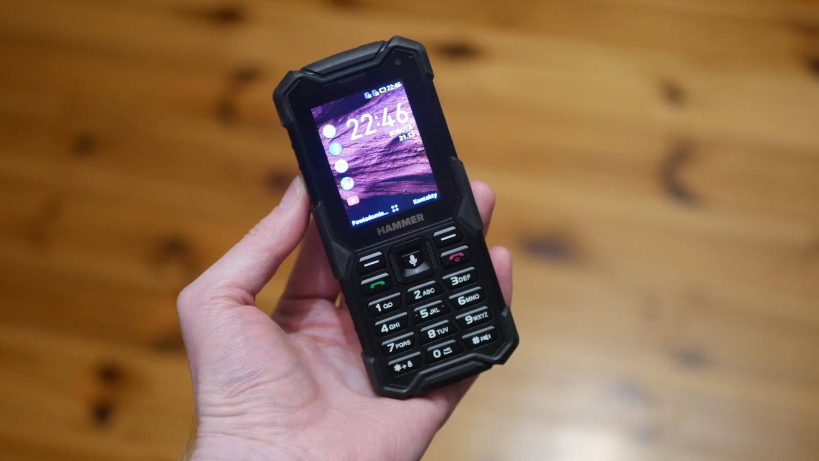 Recenzja Hammer 5 Smart - wytrzymały telefon z funkcjonalnym KaiOS 26