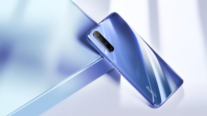 Realme X50 5G postawi na czytnik linii papilarnych zamontowany z boku 18