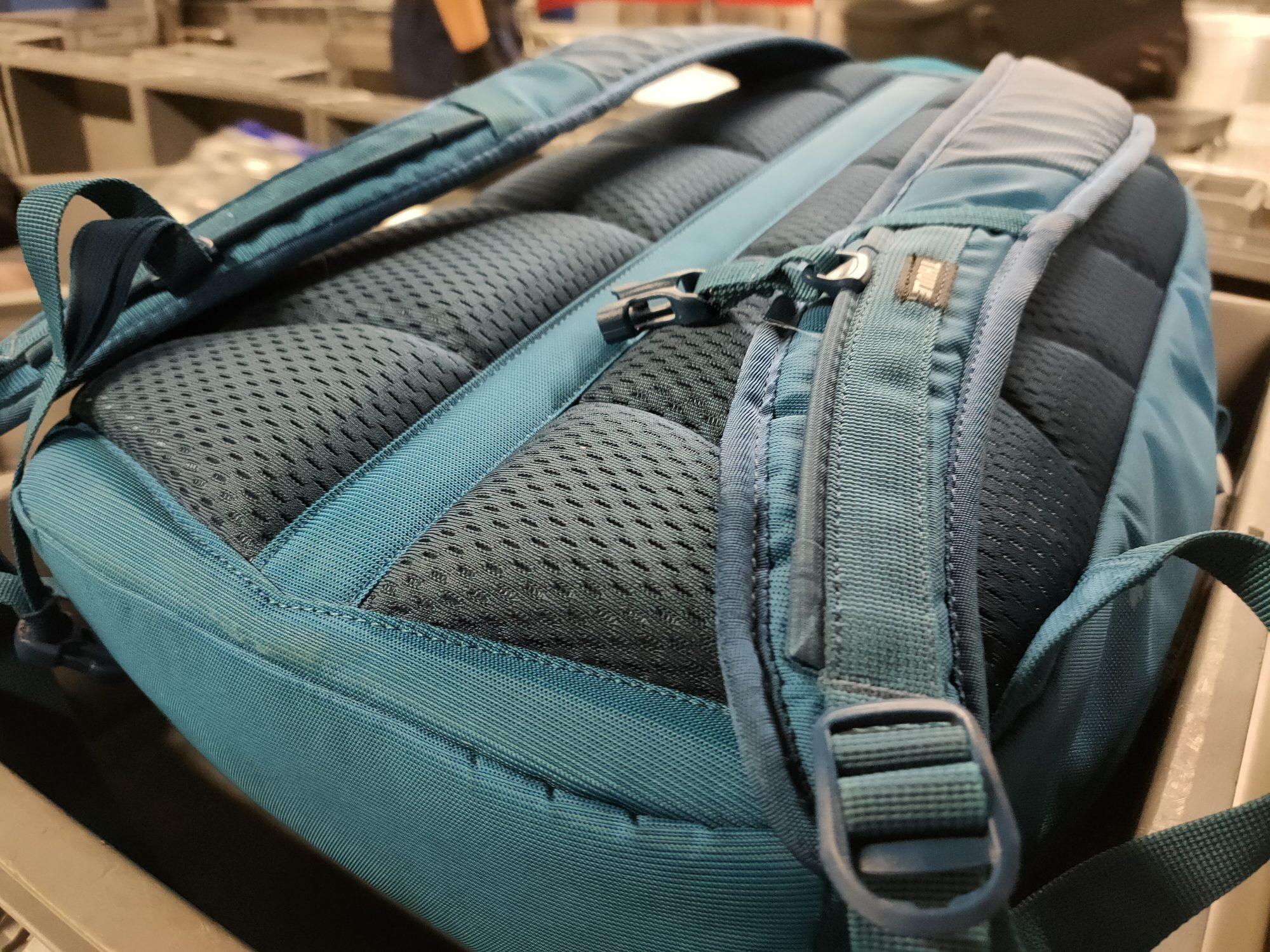 Thule EnRoute 23L - miejski plecak, który teraz kupisz o 57% taniej (opinia) 24