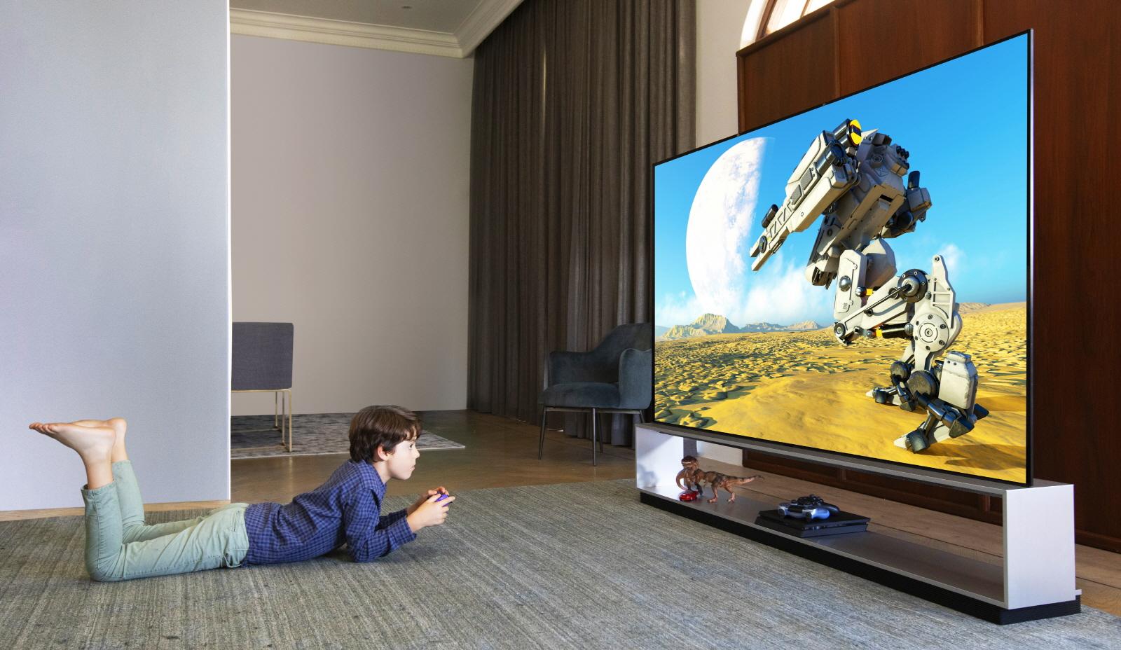 Wolisz telewizor z płaskim ekranem czy zakrzywionym? Dzięki LG nie musisz wybierać 23
