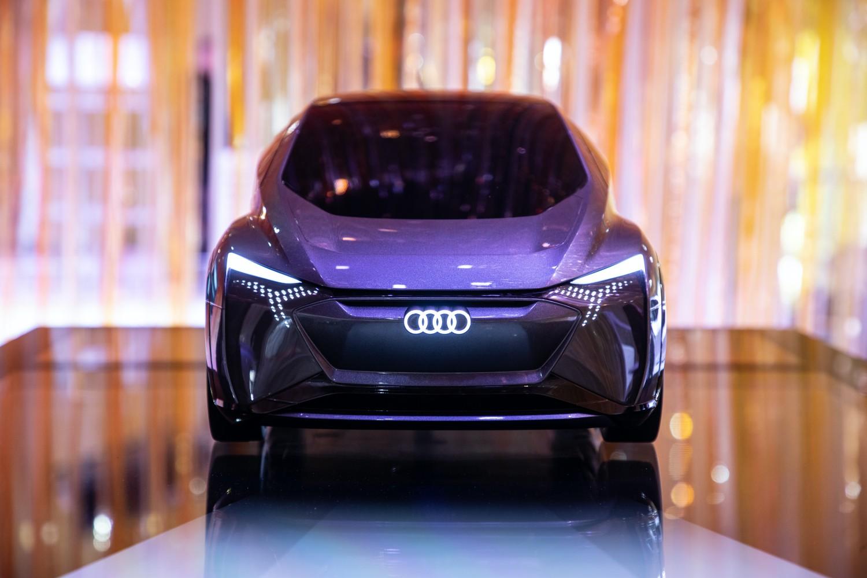Audi na CES: inteligentne samochody i wyświetlacz head-up w 3D 17