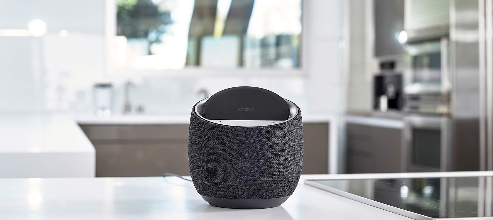 Belkin Soundform Elite - głośnik z Asystentem Google i ładowarką indukcyjną 17