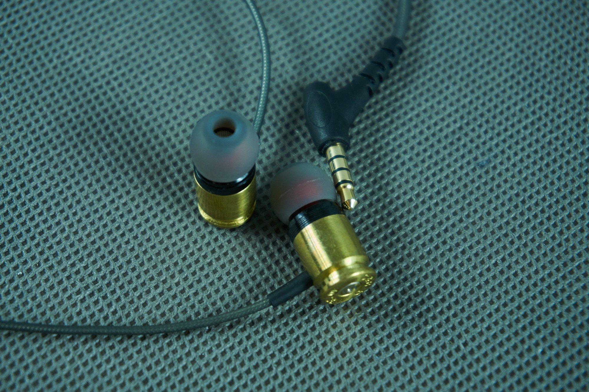 Federal 40 Sicario - recenzja wystrzałowych słuchawek dokanałowych 30