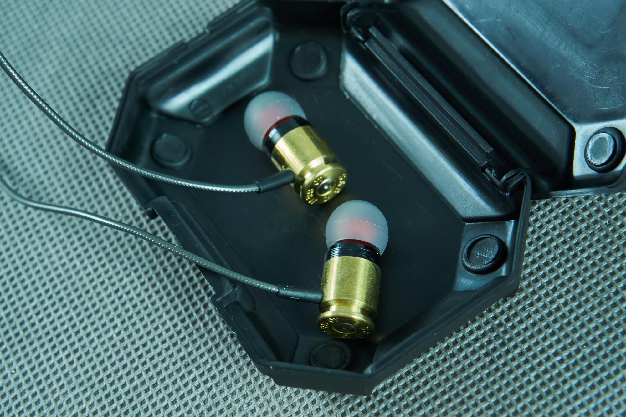 Federal 40 Sicario - recenzja wystrzałowych słuchawek dokanałowych 17