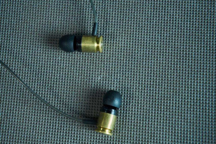 Federal 40 Sicario - recenzja wystrzałowych słuchawek dokanałowych 24
