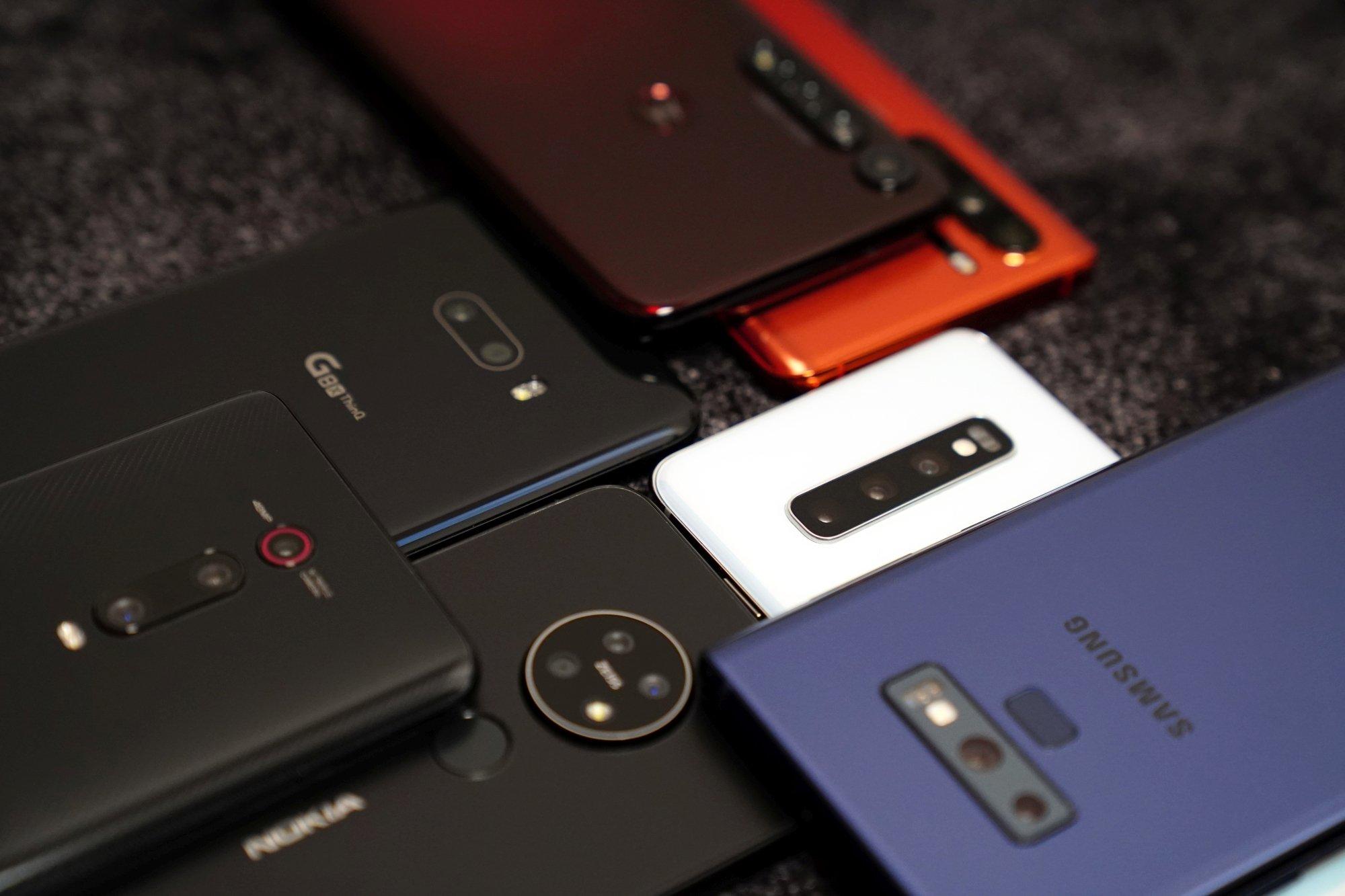 Szukam małego smartfona i ze smutkiem stwierdzam, że nie ma w czym wybierać 18