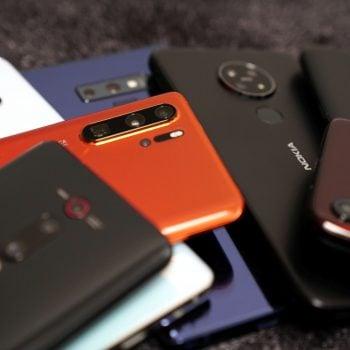 Jaki smartfon do 1500 złotych warto kupić? Wybór jest dość ograniczony 25