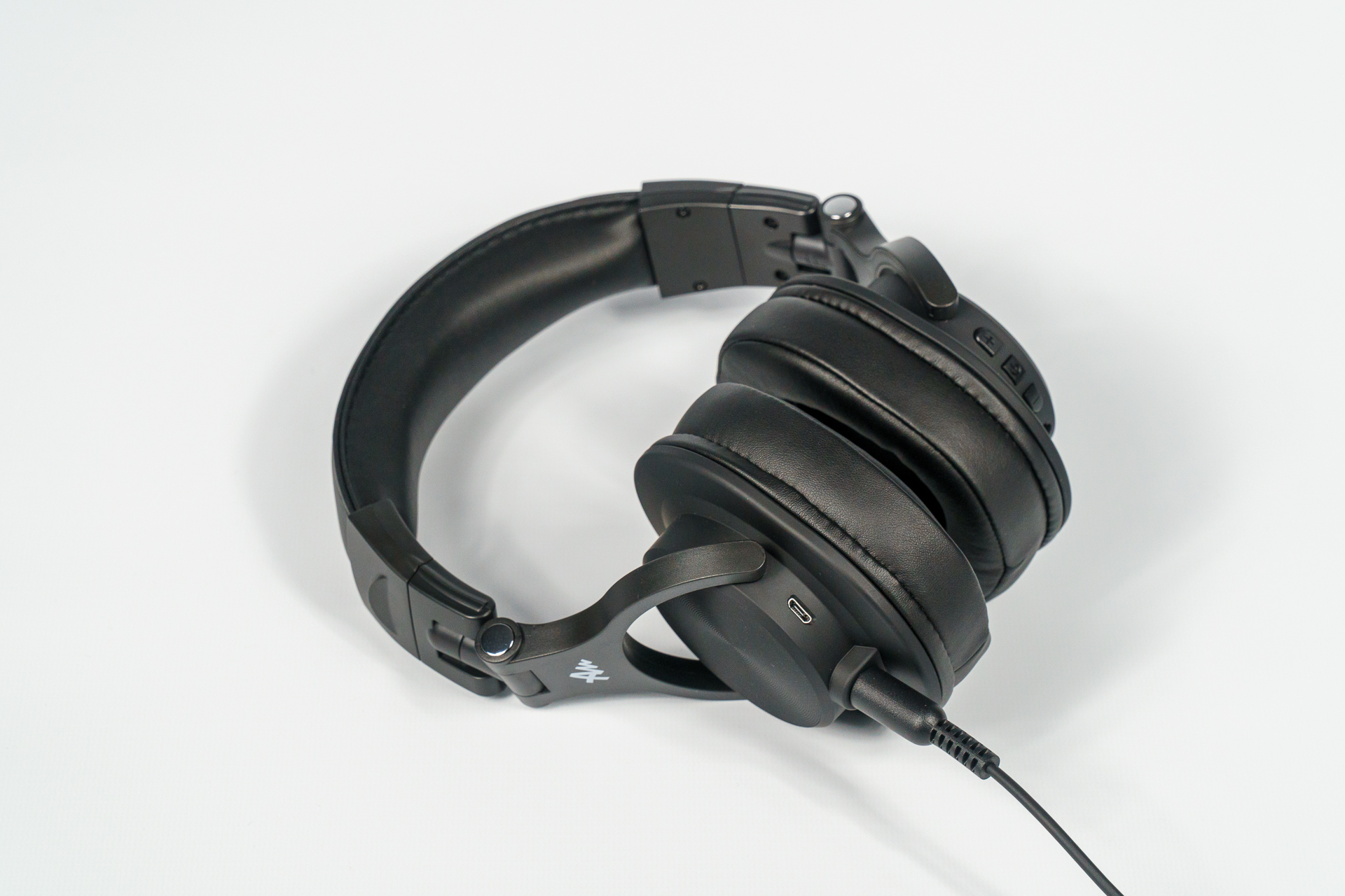 Słuchawki bezprzewodowe Audictus Leader - przyjemne zaskoczenie