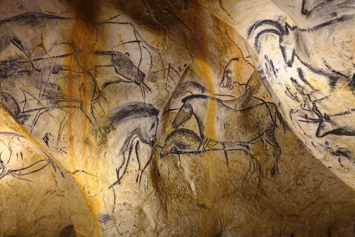 Jak zwiedzić prehistoryczną jaskinię, do której nie ma wstępu? Google ma na to sposób 21