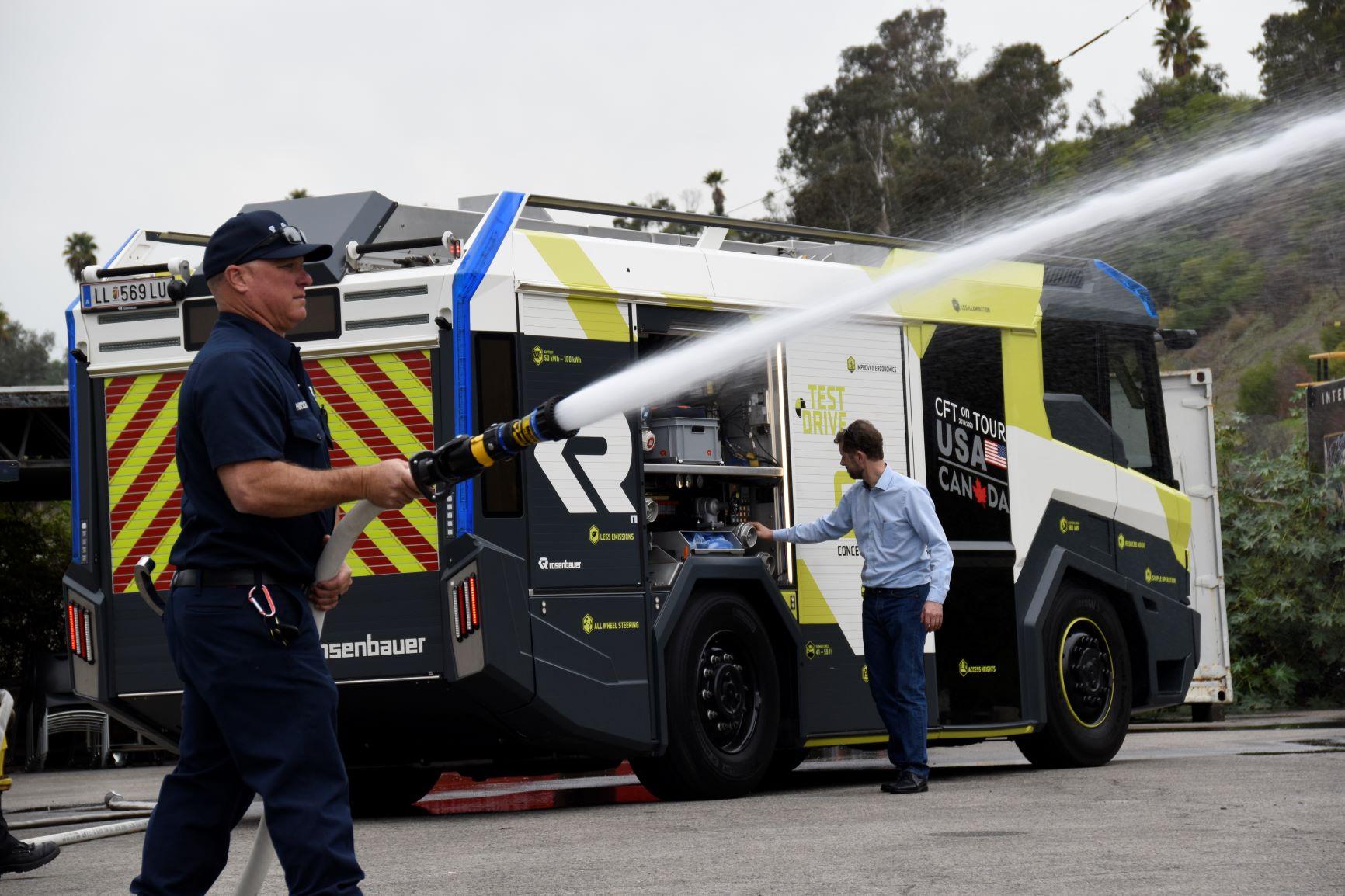 Elektryczny może być nawet wóz strażacki. I nie, to nie jest zabawka dla dzieci