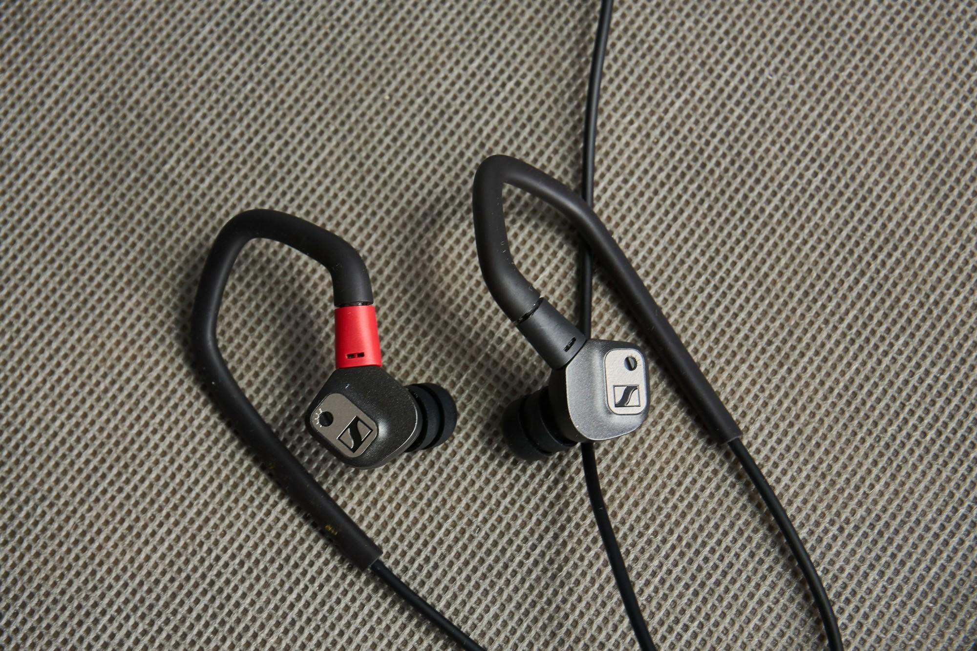 Recenzja Sennheiser IE 80S BT - czy świetnie brzmienie jest wszystkim, czego oczekujemy od słuchawek? 26