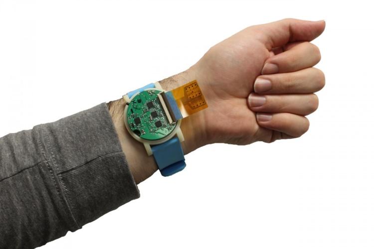 Inteligentny zegarek badający metabolity w pocie. Czemu nie?
