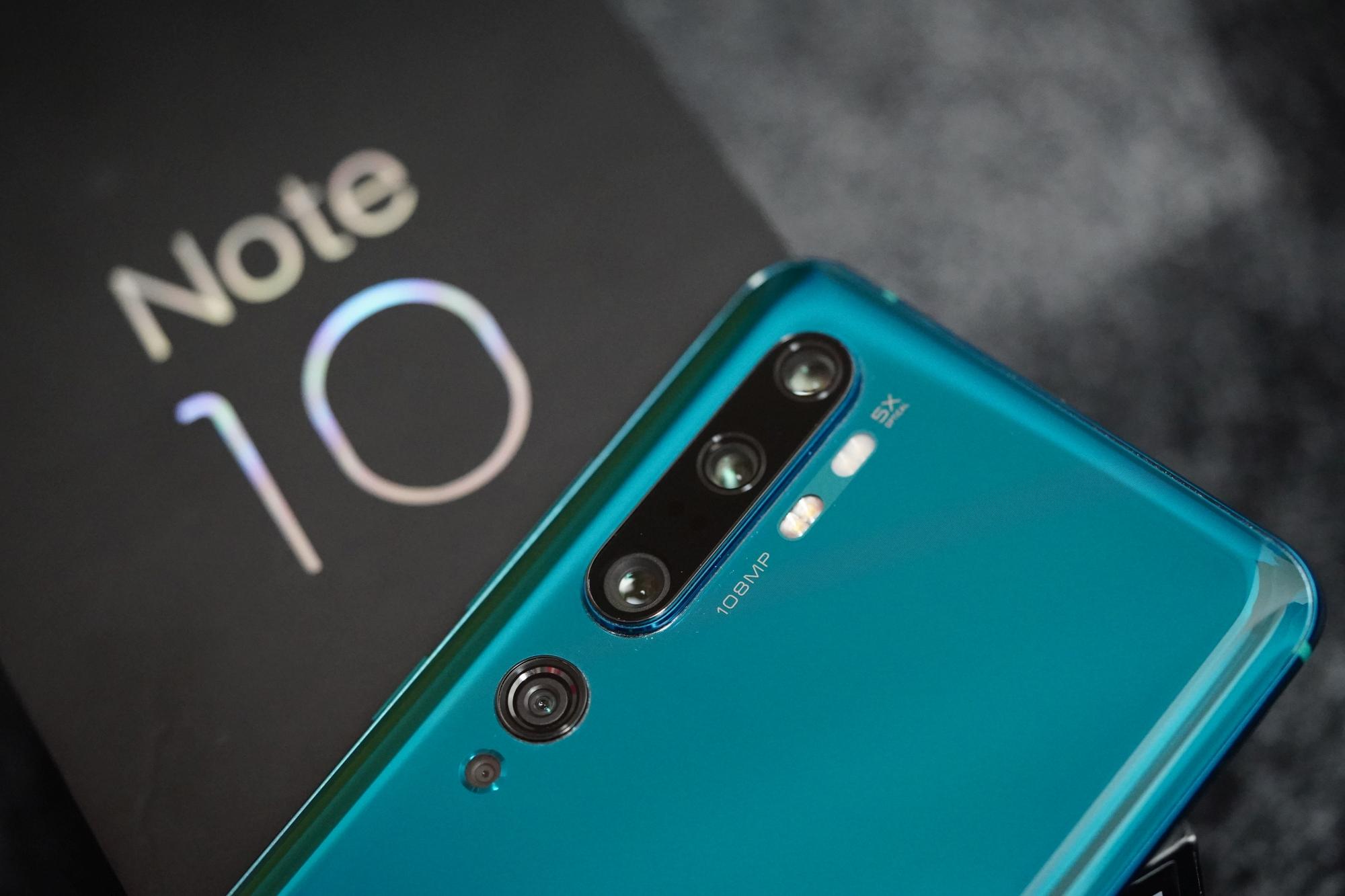 smartfon Xiaomi Mi Note 10 smartphone fot. Tabletowo.pl
