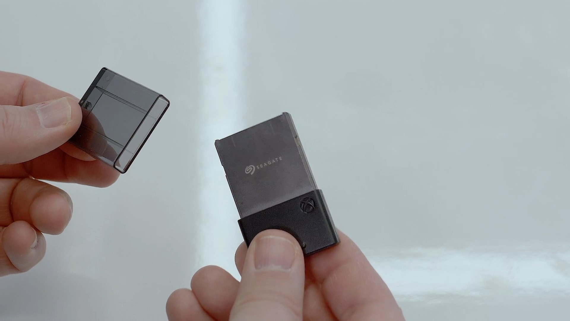 Tak wyglądają wymienne dyski SSD do Xbox Series X - chyba skądś je kojarzę 17