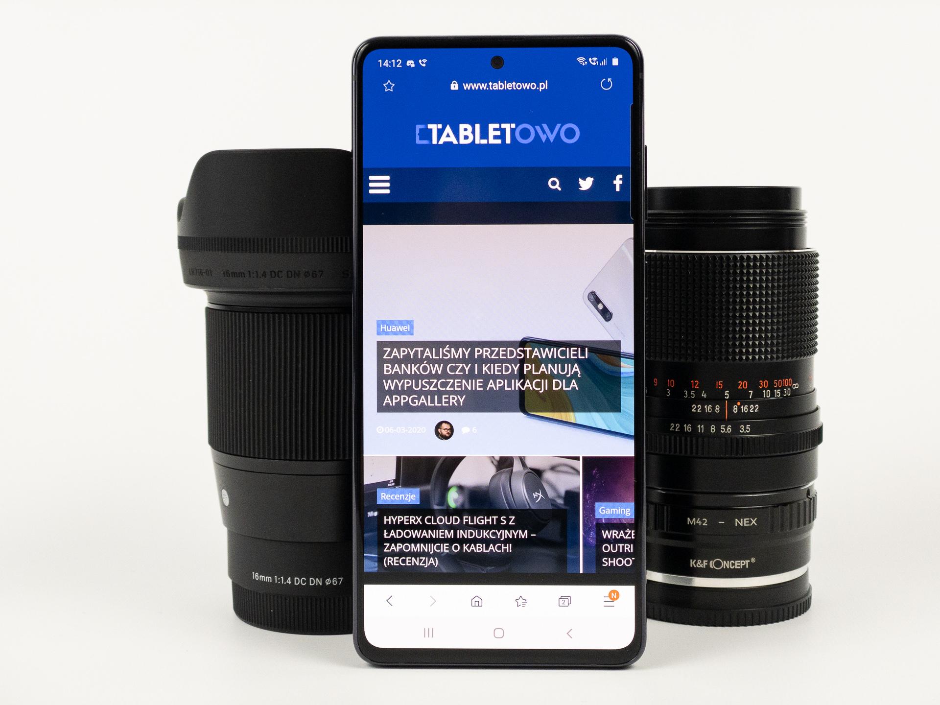 Samsung dorzuca do Galaxy Note 10 Lite słuchawki Galaxy Buds, jeśli kupisz go u operatora 19