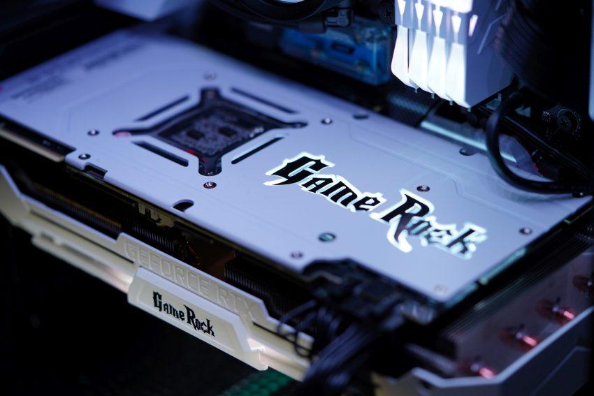 """Budujemy komputery! Na pierwszy ogień: """"Królewna Śnieżka"""""""