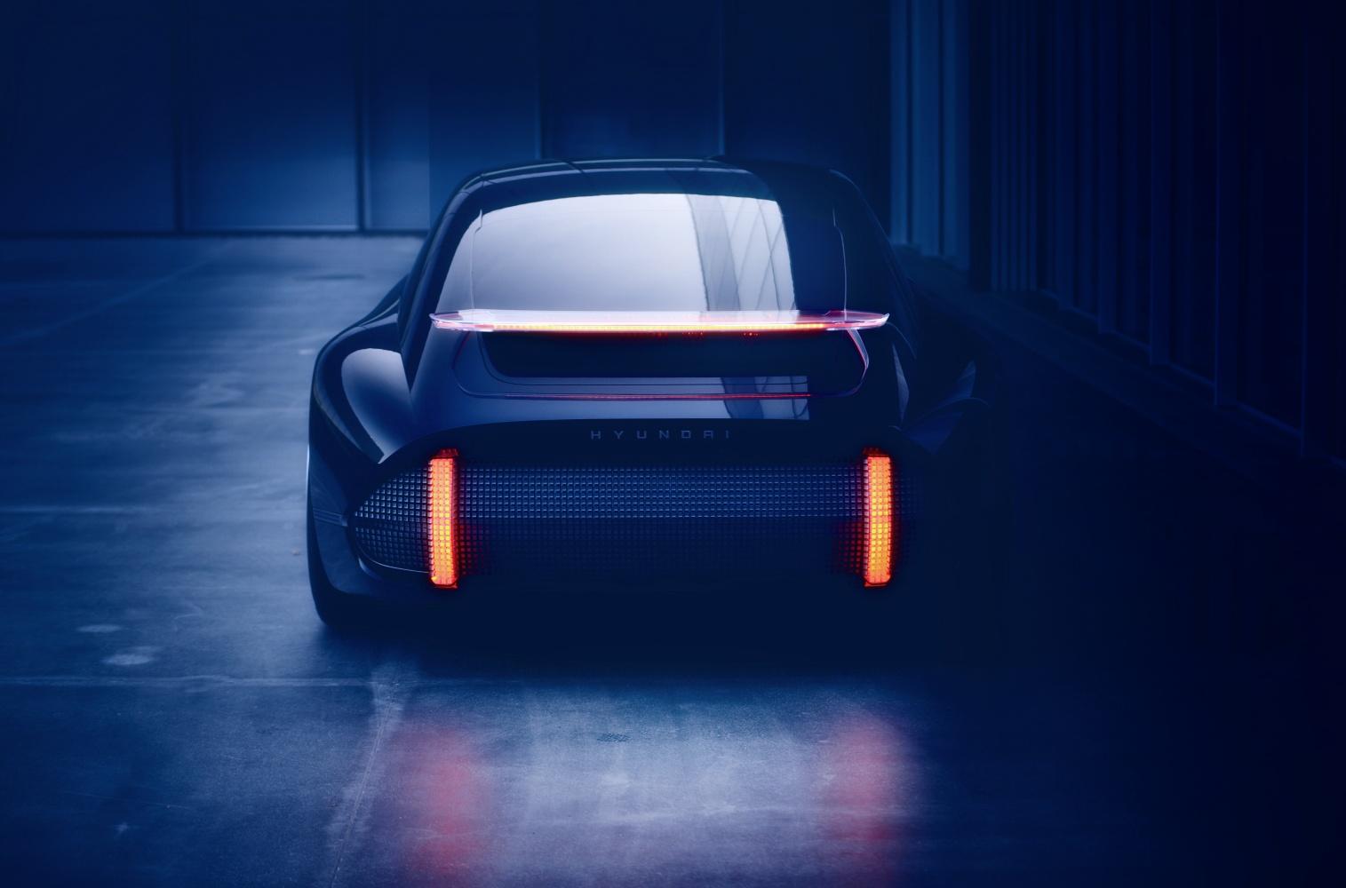Hyundai Prophecy – samochód z joystickami zamiast kierownicy 19