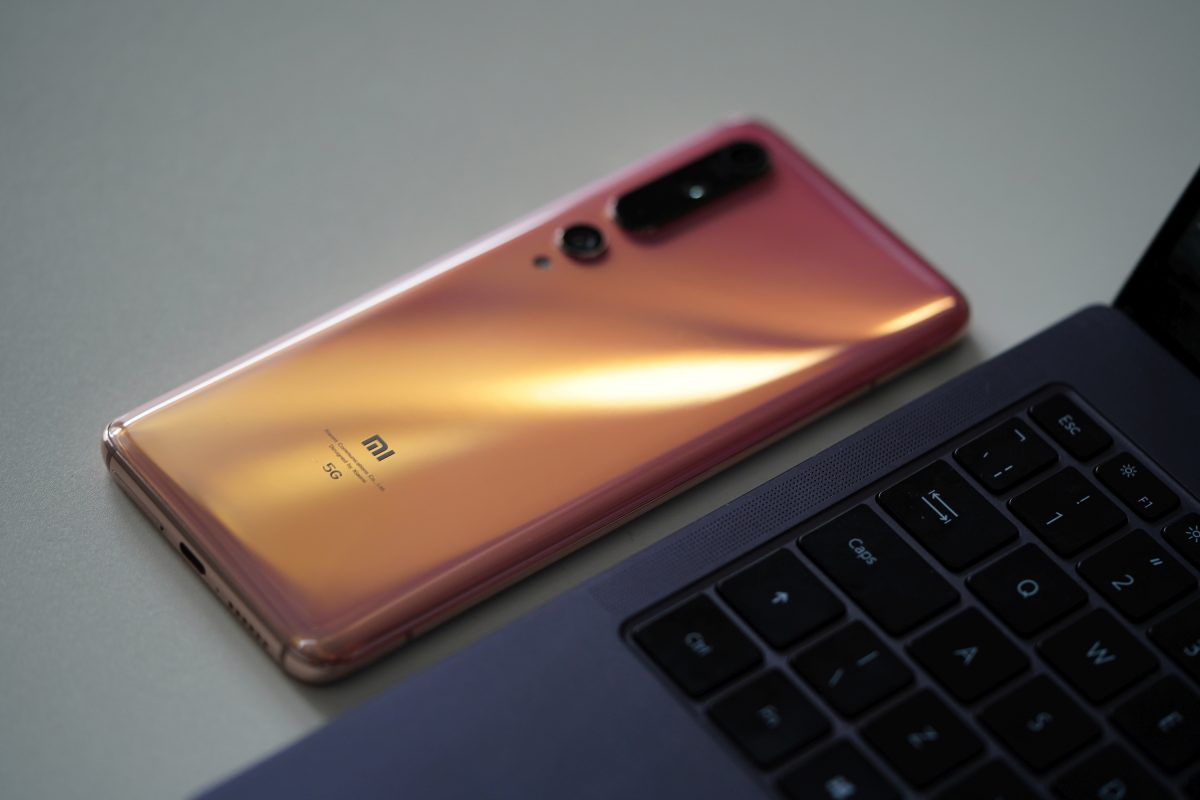 Xiaomi Mi 10 wycofany z Czech. W Polsce na razie wszystko po staremu