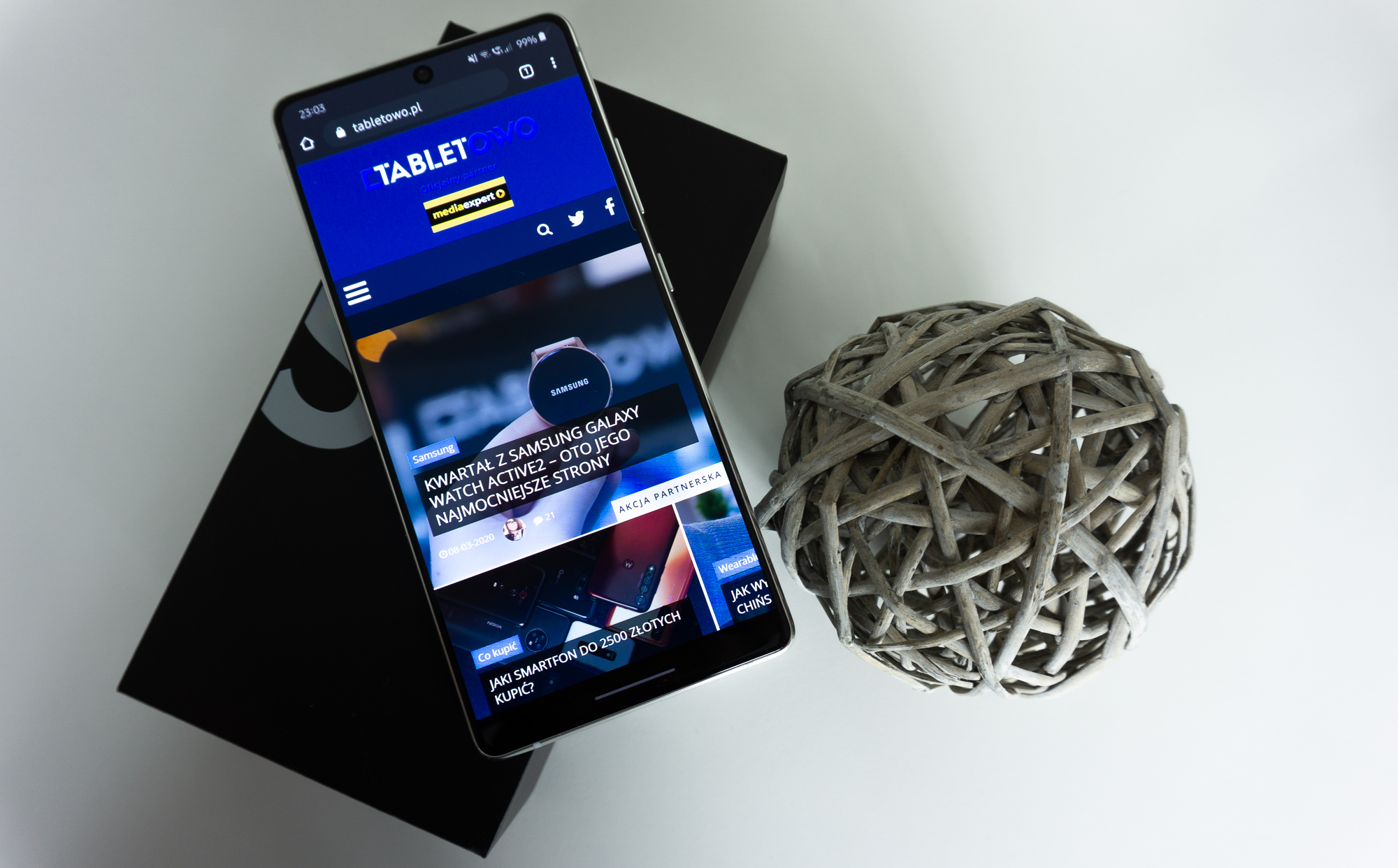 Samsung Galaxy S20 FE (Lite) może być lepszym wyborem od Galaxy S20 ze względu na inny procesor