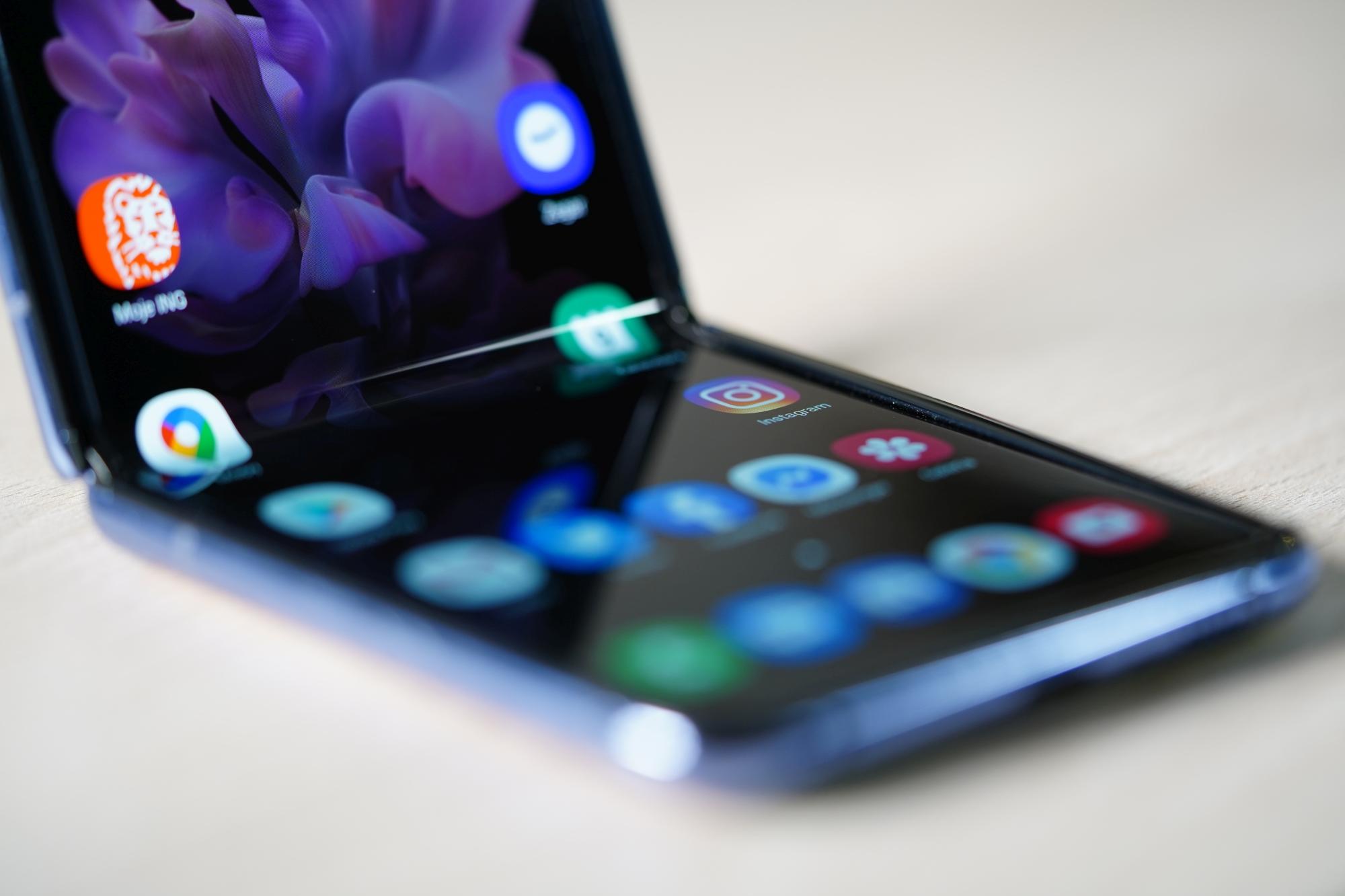 Samsung produkuje już Galaxy Z Fold 3 i Galaxy Z Flip 3. I to w jakich ilościach!
