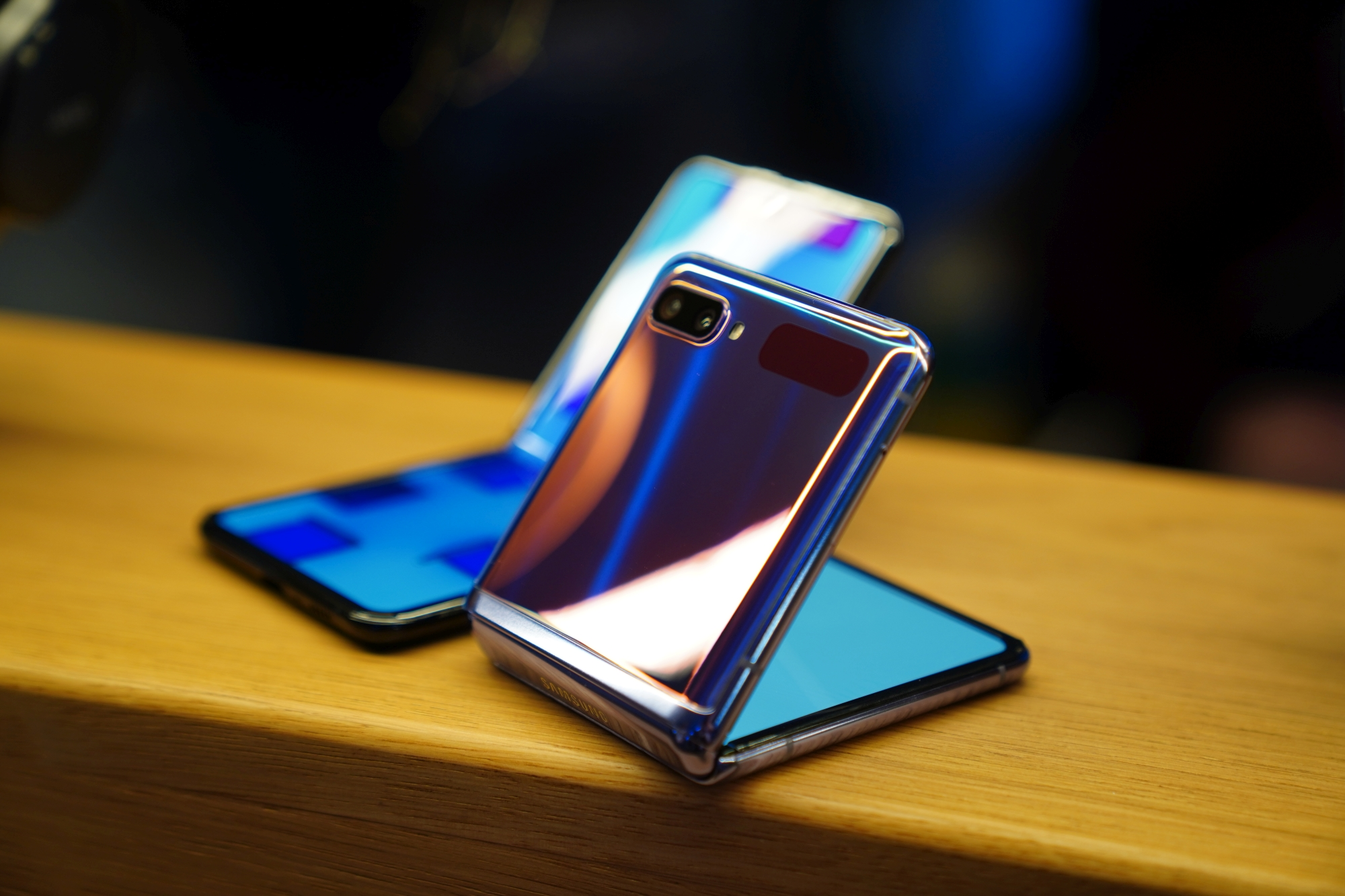 składane smartfony Samsung Galaxy Z Flip foldable smartphones